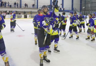 Muži zahájili sezónu vítězně proti Strakonicím.